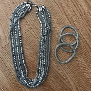 Forever21 Silver chains necklace with 3 bracelets